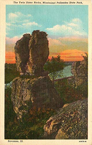 011VINT01 SAVANNA, ILL. THE TWIN SISTER ROCKS, MISSISSIPPI PALISADES STATE PARK, VINTAGE ANTIQUE COLLECTIBLE POSTCARD from HIBISCUS EXPRESS (Mississippi Postcard)