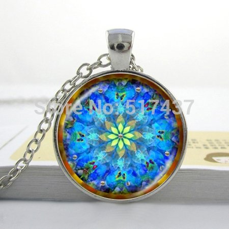 (Pretty Lee Art Glass Pendant Blue Kaleidoscope Mandala Necklace Geometric Floral Art Print Pendant Glass Photo Necklace)
