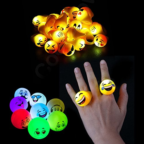 Fun Central (BC984) 32ct LED Light Up Emoji Party Pack, Flashing Emoji Bundle -2.5 Inches Emoji Mood Light and Emoji Jelly Rings -for Themed Party, Halloween Treat, Party Favors, Goodie Bag Fillers