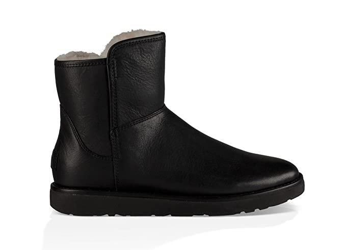 UGG Women s Abree Mini Leather Boot Nero Size 12 B(M) US  Amazon.co.uk   Shoes   Bags 4b03e0945