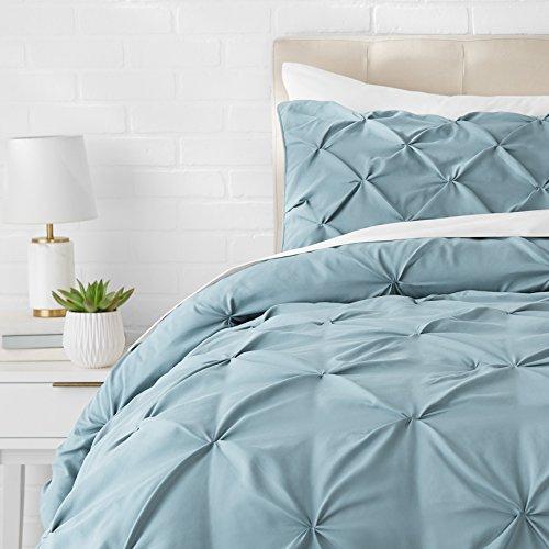 AmazonBasics Pinch Pleat Down-Alternative Comforter Bedding Set – Twin, Spa Blue