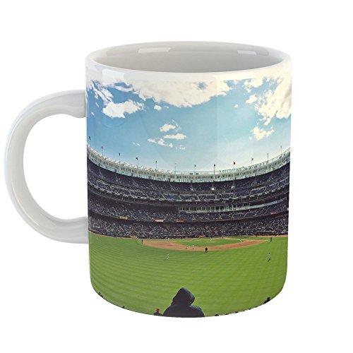 um Baseball - 11oz Coffee Cup Mug - Modern Picture Photography Artwork Home Office Birthday Gift - 11 Ounce (7255-77919) ()