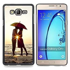 - Sunset Umbrella Lovers Love Heart Kiss/ Duro Snap en el tel????fono celular de la cubierta - Cao - For Samsung Galaxy On7 G6000