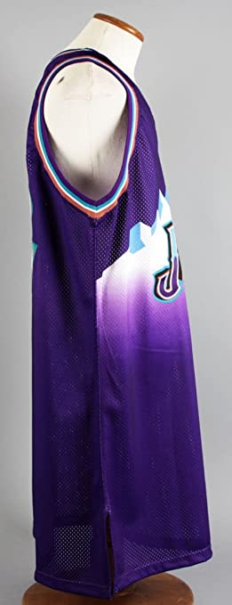 ce3d5d916ec 1999-00 Karl Malone Game-Worn Jersey Jazz - COA 100% Team at Amazon's  Sports Collectibles Store