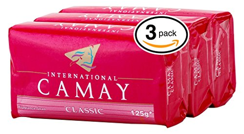 Camay CLASSIC Softly Scented Bar Soap (PACK OF 3) All-in-one exfoliating and moisturizing soap Leaves Skin Smooth & Radian! Great for Hands, Face & Body! (3 Bars, 4.4oz Each (Moisturizing Scented Bar Soap)