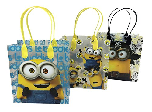Universal Studios Minions 2015 Despicable Party Gift Bag (Set of 12)]()