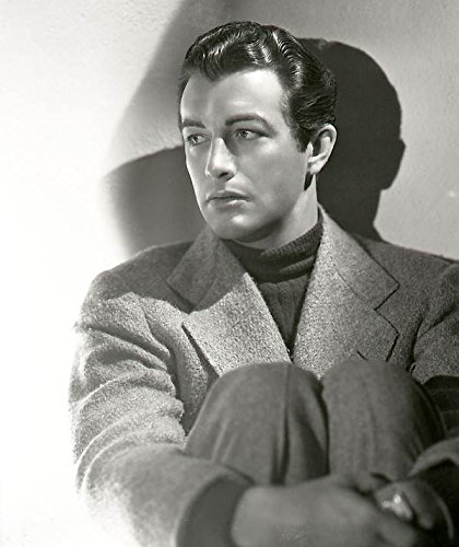 Robert-Taylor-1940s-Celebrities-Mens-Hairstyles T Shirt Iron On 8 x 10 Photo -