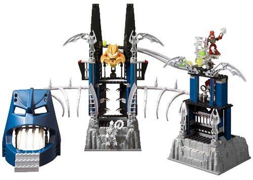 Lego Bionicle 8894 Piraka Stronghold Amazoncouk Toys Games
