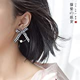 TKHNE Cats sting black and white plaid bow silver earrings s925 Harmonie short paragraph pearl earrings shell beads earrings ear ring