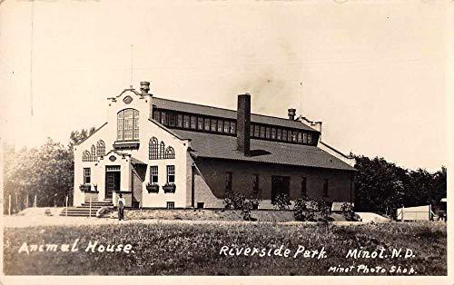 Minot North Dakota Riverside Park Animal House Real Photo Postcard JI658569
