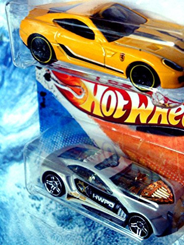 (Hot Wheels Diecast Ferrari 599 GTB Fiorano - Police Design Series Speed Trap Pr5 Scale 1/64)