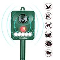 Wikoo Outdoor Solar Animal Repeller, Ultrasonic Animal Repellent with LED Flashing Light, Waterproof Pest Repeller with Motion Sensor, Protect Your Garden