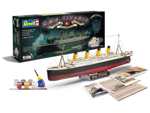 Revell Modellbausatz 05715 - Geschenkset 100 Jahre Titanic im Maßstab 1:400