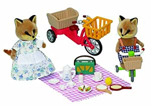 Sylvanian Families Bikes and Picnic Set