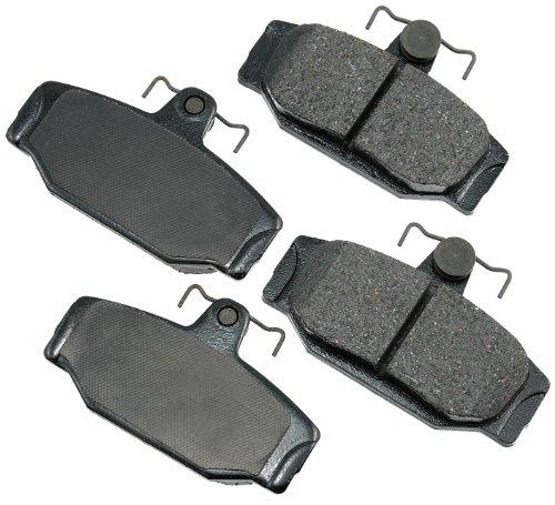 (Akebono EUR391 EURO Ultra-Premium Ceramic Brake Pad Set)