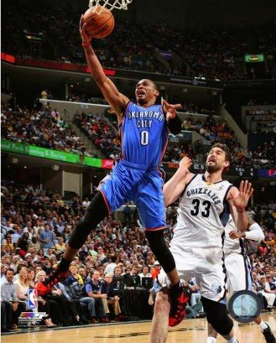 Russell Westbrook Oklahoma City Thunder 2014 NBA Playoffアクション写真(サイズ: 8