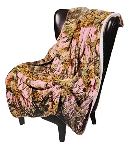 Regal Comfort Sherpa Luxury Throw Blanket, The Woods Camo, Pink