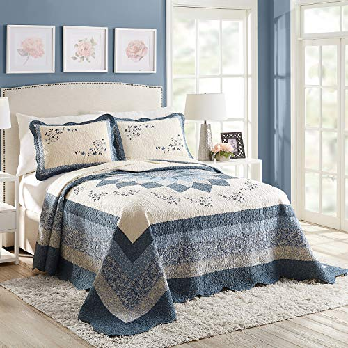 Modern Heirloom Collection Charlotte Bedspread, King, Blue