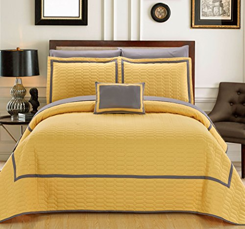 - Chic Home 8 Piece Mesa Hotel Collection 2 Tone Banded Geometrical Embroidered, Bag, Sheets Queen Quilt Set Yellow Shams and Decorative Pillows Included
