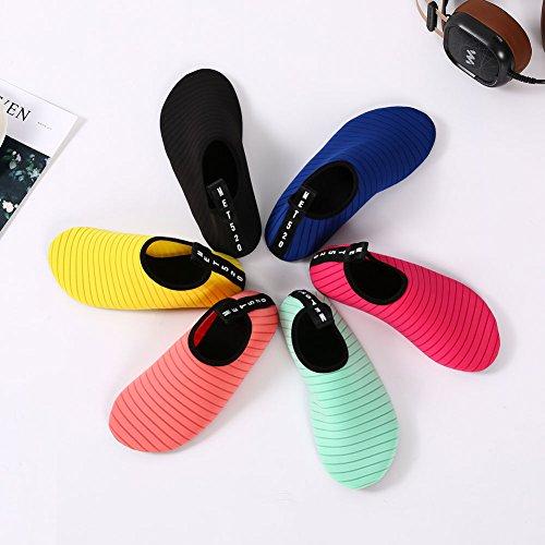EQUICK Frauen Wasser Schuhe Quick-Dry Verschnaufpause Sport Haut Schuhe Barfuß Anti-Rutsch-Multifunktionssocken Yoga Übung Schwarz