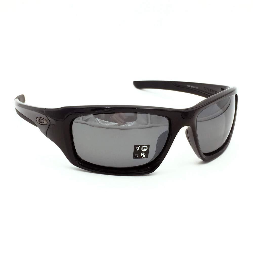 2e39992442e Amazon.com  Oakley VALVE BLACK  Sports   Outdoors