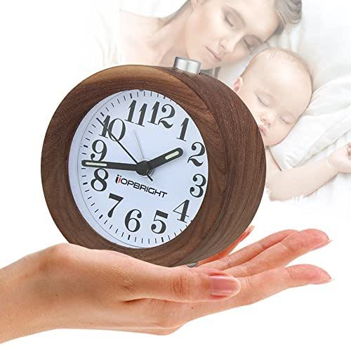 YIDULA Cute Little Bedside Silent Wood Alarm Clocks For Bedrooms Battery Operated Small Analog Snooze No Ticking Clock With Nightlight ( Walnut )
