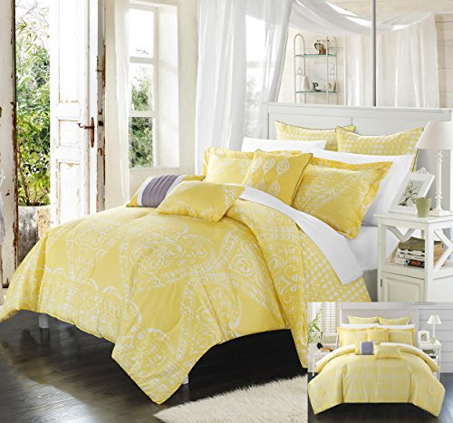 Perfect Home 8 Piece Ferrara Oversized overfilled REVERSIBLE printed Comforter Set. Front a traditional pattern and Reverses into a houndstooth pattern, Queen, Yellow