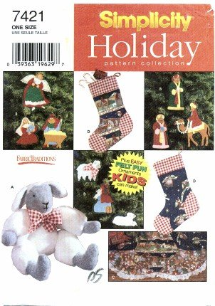 - Simplicity 7421 Holiday Sewing Pattern Christmas Felt Ornaments Treeskirt Stocking Lamb