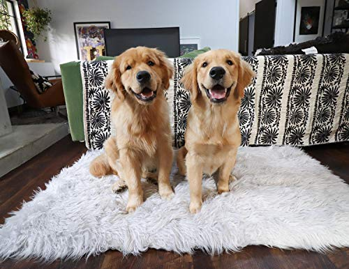 PupRug Faux Fur Memory Foam Orthopedic Dog Bed (Giant - 60'' L x 35'' W, Gray Rectangle) by Treat A Dog (Image #3)