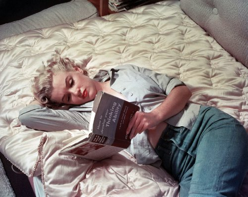 Color Monroe Marilyn (Marilyn Monroe Reading In Bed Color Poster Art Photo Pinup Girl Hollywood Posters Photos 11x14)
