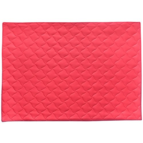 (Placemats Seneca Home Faux Leather Placemat, Heat-Resistant, Stain Resistant, Machine Washable, Dryer Safe 12 ½ in x 17 ½ in Faux Leather Table Mats, Set of 4, Quilted Red)