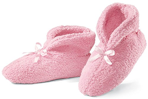 Ultra Plush Chenille Slippers, Pink, Medium (Trendy Clothes For 50 Year Old Woman 2017)