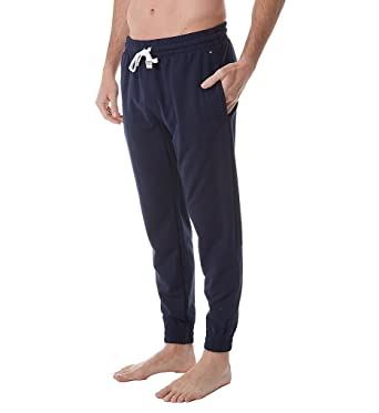 b1d309bf868d Tommy Hilfiger Modern Essentials French Terry Lounge Pant (09T3306) at  Amazon Men s Clothing store
