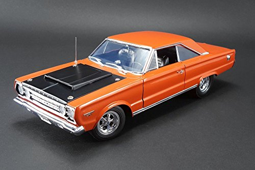 1967 Plymouth GTX HEMI Bullet, Orange w/ Black Hood - Acme 1806702 - 1/18 Scale Diecast Model Toy Car