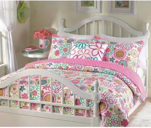 Girls reversible flower and polka dot quilt set