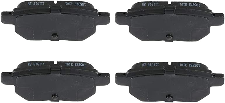 Rear Ceramic Brake Pads Set For 2011 2012 2013 2014-2017 Lexus CT200h Low Dust