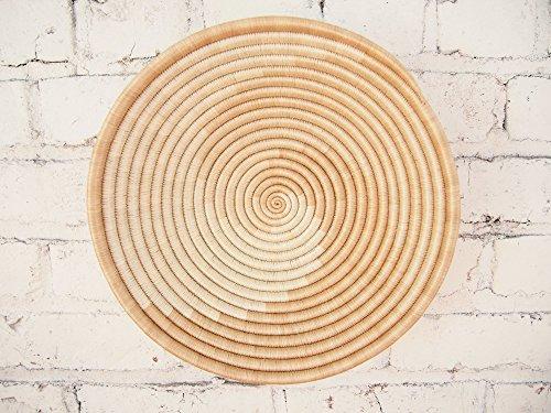 ke / Rwanda Basket / Woven Bowl / Sisal & Sweetgrass Basket / Tans, White (Hand Woven Arts)
