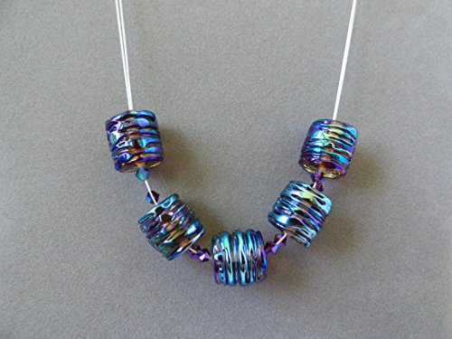 (Colorful Metallic Surface Trimmed Lampwork Artisan Bead ZigZag Necklace with Swarovski Crystal Accents and Sterling Silver Findings)