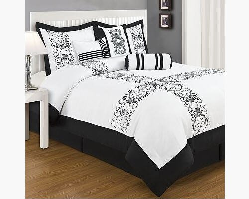 Black & White Scroll King Comforter, Shams, Toss Pillows (7 Piece Bed In A Bag)