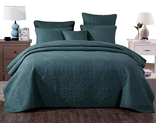 DaDa Bedding Elegant Floral Bedspread - Earthy Emerald Solid Forest Green Quilted Quilt Coverlet Set - Vintage Bright Vibrant Soft Textured Squares - King - 3-Pieces