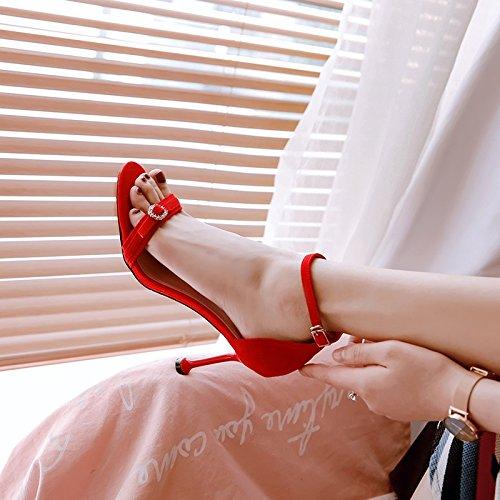 XIAOQI Hauts Sandales Rouge Sangle Sexy Sauvage Chat 2018 Parole Femelle Nouveau Talons Talons Boucle Femelle Été 6BERZgq