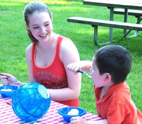 Play & Freeze Ice Cream Makers - Orange