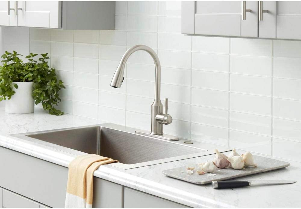 Glacier Bay Invee 1-Handle Pull-Down Sprayer Kitchen Faucet Oil Rubbed Bronze