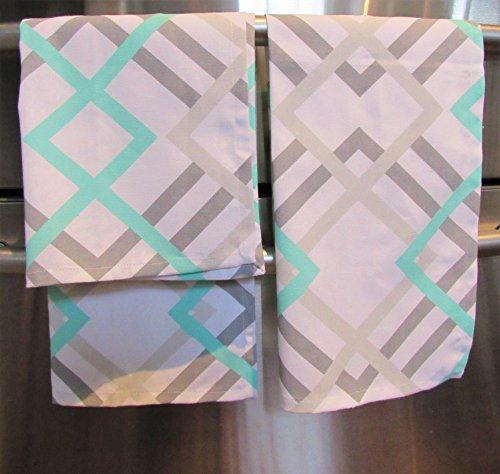 Set Patterned Decorator Turquoise Geometric