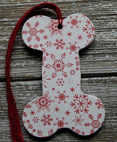 10 Dog Bone Shaped Tags SNOWFLAKE.paper+chipboard tags pre-strung ()