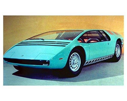 1968-bizzarrini-manta-concept-factory-photo-giugiaro