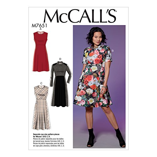 (McCall Patterns M7651E50 Misses' Dresses with Yoke, Princess Seams, and Contrast)