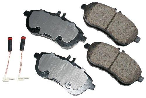 Akebono EUR1340 EURO Ultra-Premium Ceramic Front Brake Pad Set For 2008-2010 Mercedes-Benz C ()