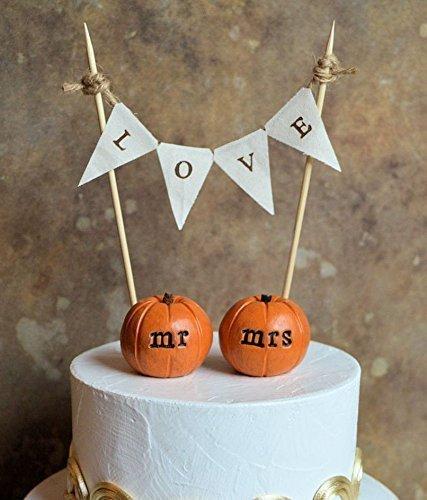 (Wedding cake topper...set of 2 vintage orange mr mrs pumpkins and LOVE banner)