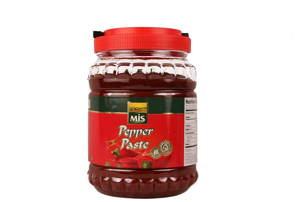 Traditional Home Style Antep Pepper Paste, 4 lb 4.3 oz (1900 g) (Hot)